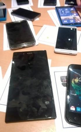 Sony Xperia L4 Togari и Nokia Lumia 1030